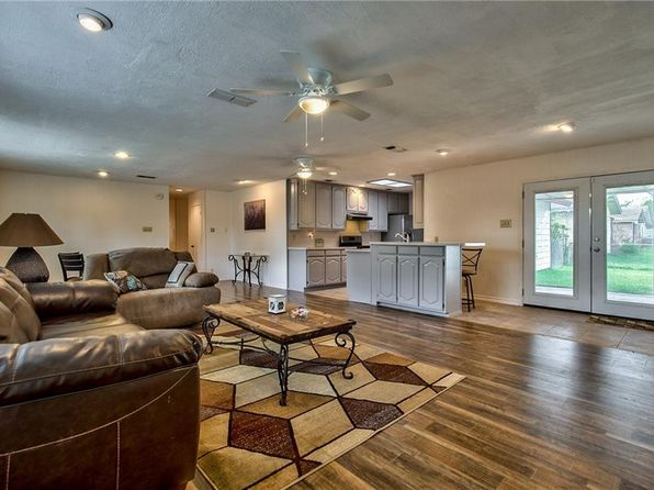 3 bed 2 bath Single Family at 2215 Marilyn Ln Arlington, TX, 76010 is for sale at 175k - 1 of 36