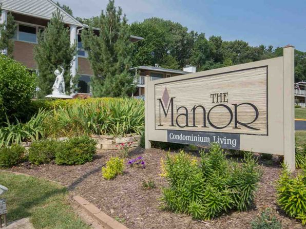 1 bed 1 bath Condo at 1104 Kimberly Rd Bettendorf, IA, 52722 is for sale at 65k - 1 of 18
