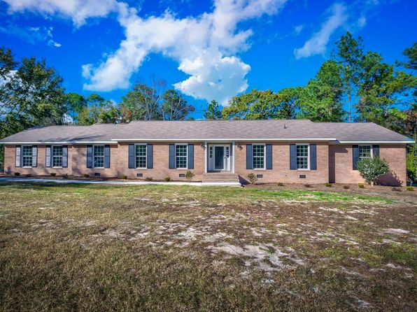 4 bed 2 bath Single Family at 184 Wildwood Ln Lugoff, SC, 29078 is for sale at 235k - 1 of 21