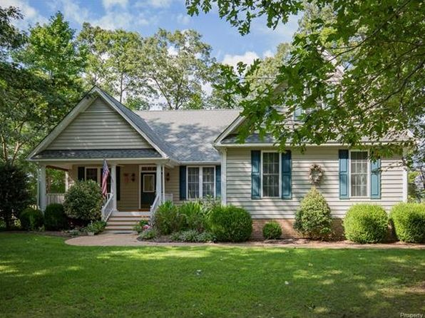 3 bed 3 bath Single Family at 145 Riverboat Ln E Hartfield, VA, 23071 is for sale at 295k - 1 of 32