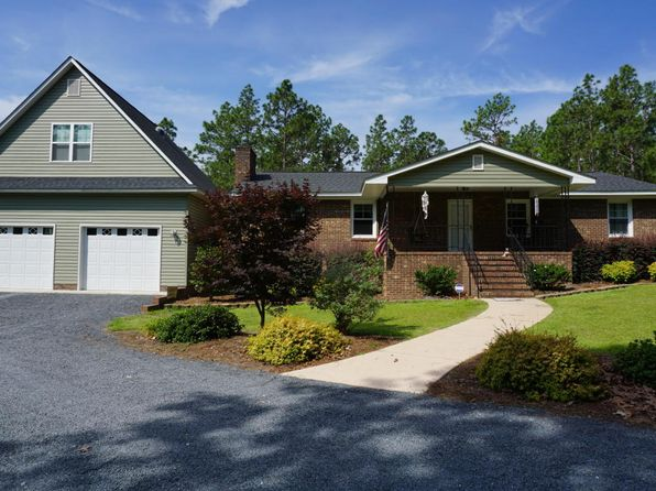 3 bed 3 bath Single Family at 431 Horseshoe Rd Aberdeen, NC, 28315 is for sale at 284k - 1 of 45