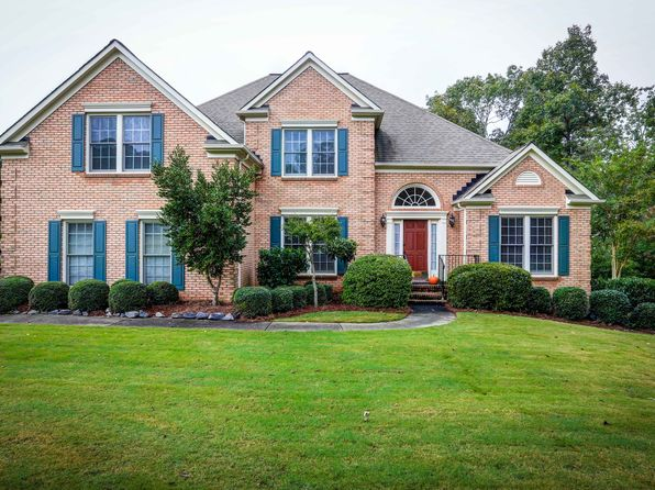 4 bed 3 bath Single Family at 4050 Berkeley View Dr Berkeley Lake, GA, 30096 is for sale at 425k - 1 of 9
