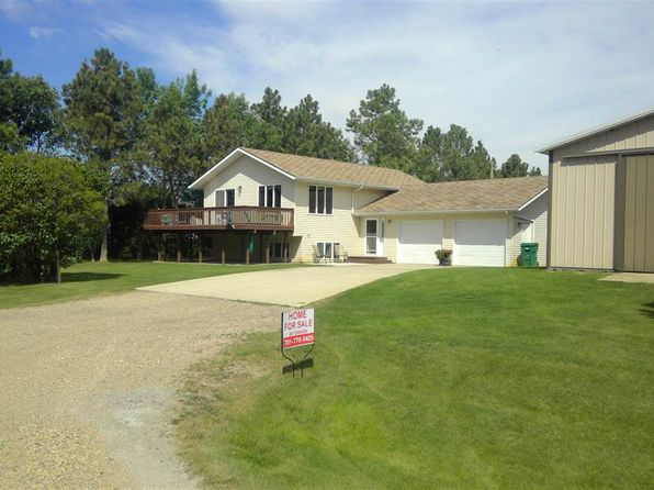 4 bed 3 bath Single Family at 1201 45th Ave NW Garrison, ND, 58540 is for sale at 395k - 1 of 44