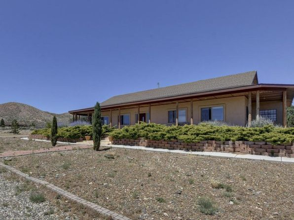 4 bed 3 bath Single Family at 8475 N Lilly Bob Ln Prescott Valley, AZ, 86315 is for sale at 450k - 1 of 34