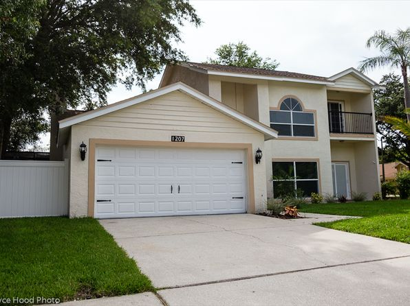 4 bed 3 bath Single Family at 1207 Lawnside Ave Safety Harbor, FL, 34695 is for sale at 570k - 1 of 24