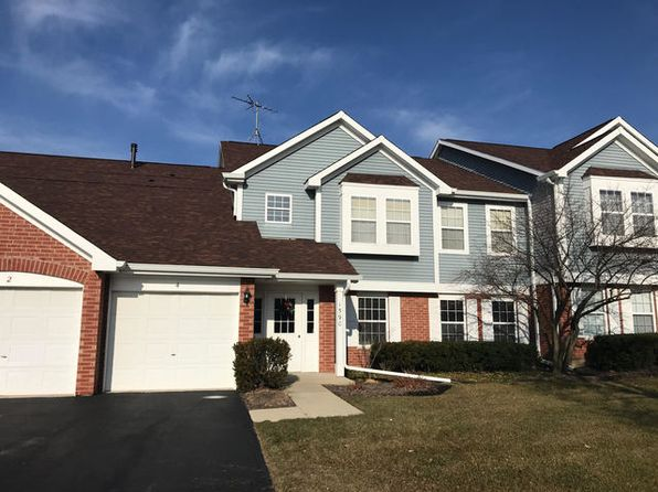 2 bed 1 bath Condo at 1590 Thornfield Ln Roselle, IL, 60172 is for sale at 145k - 1 of 8