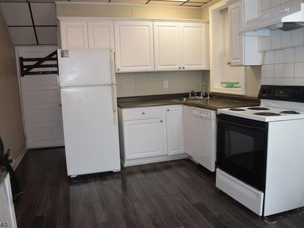 3 bed 1 bath Single Family at 99 Napoleon St Newark, NJ, 07105 is for sale at 215k - 1 of 10
