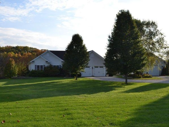 3 bed 3 bath Single Family at 6908 Darrow Rd Huron, OH, 44839 is for sale at 345k - 1 of 25