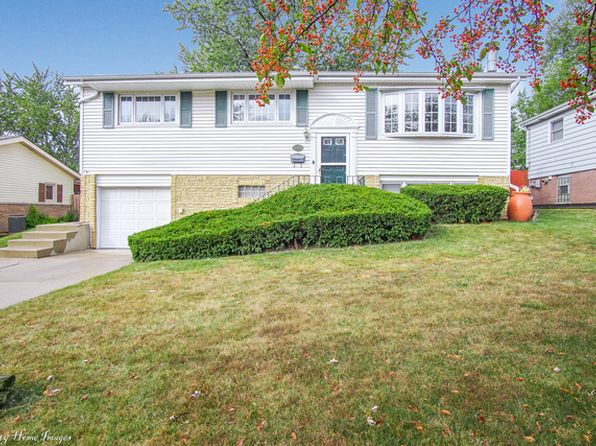 4 bed 2 bath Single Family at 9040 Forest Ln Hickory Hills, IL, 60457 is for sale at 220k - 1 of 25
