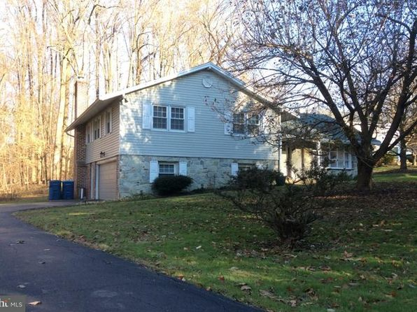 4 bed 3 bath Single Family at 833 Hunt Club Ln Chester Springs, PA, 19425 is for sale at 360k - 1 of 25