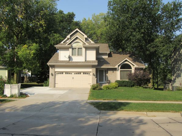 3 bed 3 bath Single Family at 4818 65th St Urbandale, IA, 50322 is for sale at 260k - 1 of 23