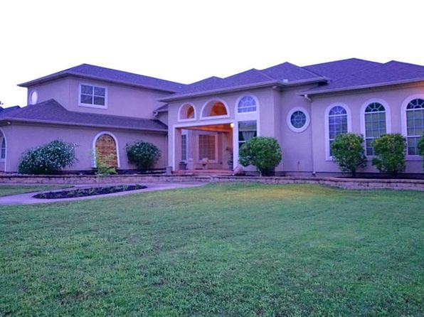 5 bed 5 bath Single Family at 115 Greenbriar Stephenville, TX, 76401 is for sale at 575k - 1 of 32