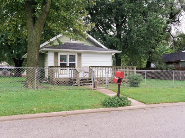 1 bed 1 bath Single Family at 1809 Bryan Ave Muscatine, IA, 52761 is for sale at 70k - 1 of 19