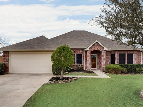 4 bed 2 bath Single Family at 108 Packer Dr Fate, TX, 75189 is for sale at 275k - 1 of 33