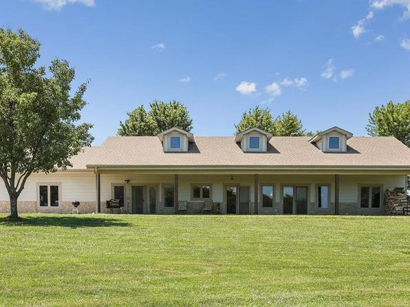 3 bed 3 bath Single Family at 22361 W 239th St Spring Hill, KS, 66083 is for sale at 350k - 1 of 25