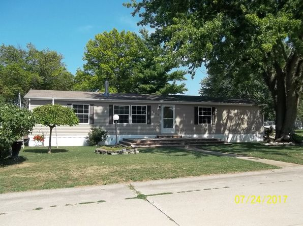 3 bed 2 bath Mobile / Manufactured at 525 Will St Mahomet, IL, 61853 is for sale at 68k - 1 of 20