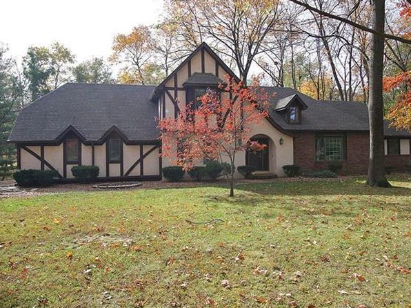 3 bed 4 bath Single Family at 158 Hackberry Ln Highland, IL, 62249 is for sale at 300k - 1 of 67