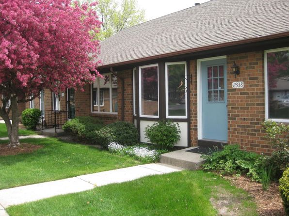 2 bed 1 bath Condo at 2338 Radcliff Village Dr SE Grand Rapids, MI, 49546 is for sale at 110k - 1 of 8