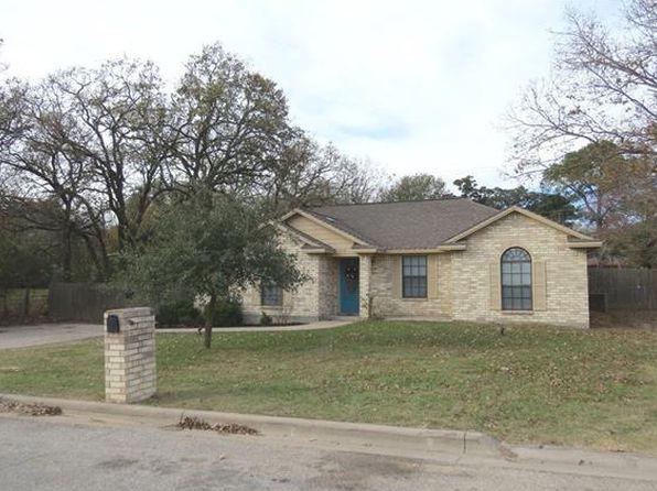 3 bed 2 bath Single Family at 1908 Hillcrest Dr Rockdale, TX, 76567 is for sale at 154k - 1 of 33