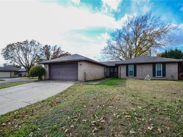 3 bed 2 bath Single Family at 2204 Lavon Creek Ln Arlington, TX, 76006 is for sale at 180k - 1 of 9