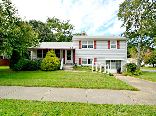 4 bed 3 bath Single Family at 220 Rollingbrook Way Baltimore, MD, 21228 is for sale at 350k - 1 of 24