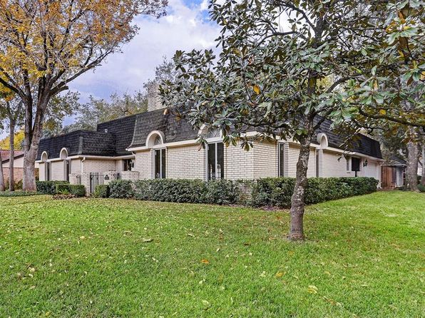 3 bed 4 bath Single Family at 10727 Riverview Dr Houston, TX, 77042 is for sale at 288k - 1 of 19