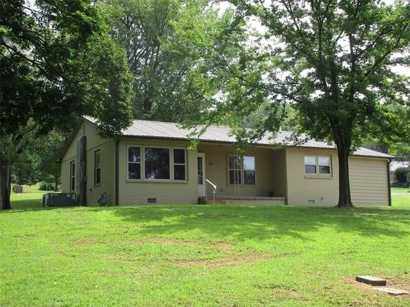 3 bed 2 bath Single Family at 503 S Parrott Dr Huntsville, AR, 72740 is for sale at 140k - 1 of 14