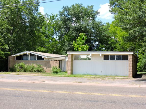2 bed 2 bath Single Family at 633 Harris St Kilgore, TX, 75662 is for sale at 90k - 1 of 39