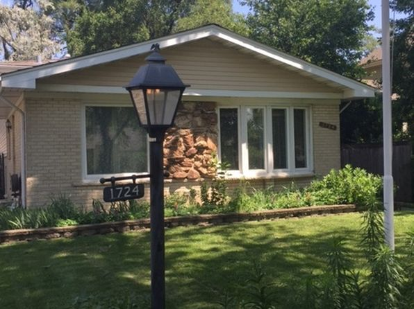 3 bed 2 bath Single Family at 1724 Estes Ave Des Plaines, IL, 60018 is for sale at 250k - 1 of 13