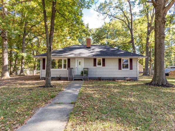 3 bed 1 bath Single Family at 10 Blair Rd Falmouth, VA, 22405 is for sale at 219k - 1 of 70
