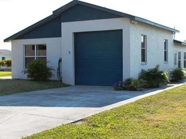 2 bed 2 bath Single Family at 1054 Van Cleave Ln Moore Haven, FL, 33471 is for sale at 116k - 1 of 20