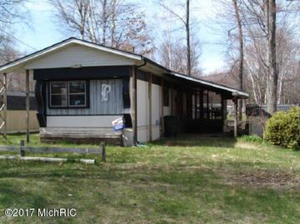 2 bed 2 bath Single Family at 5452 Point Drive Lbh Barryton, MI, 49305 is for sale at 50k - 1 of 7