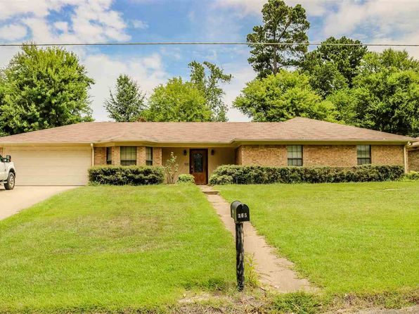 3 bed 3 bath Single Family at 305 WAIN DR LONGVIEW, TX, 75604 is for sale at 154k - 1 of 16