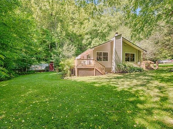 2 bed 2 bath Single Family at 585 Red Maple Dr Waynesville, NC, 28785 is for sale at 175k - 1 of 24