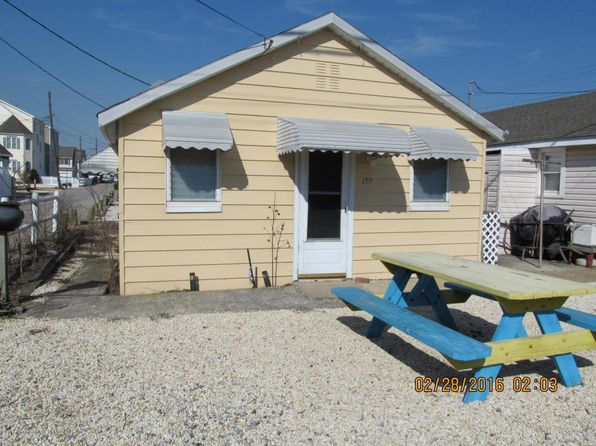 3 bed 1 bath Single Family at 179 W Central Ave Seaside Park, NJ, 08752 is for sale at 65k - 1 of 6