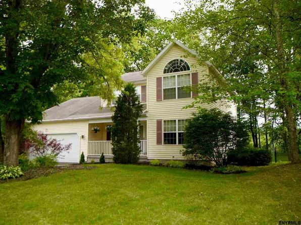 3 bed 3 bath Single Family at 129 Kayaderosseras Dr Ballston Spa, NY, 12020 is for sale at 325k - 1 of 25
