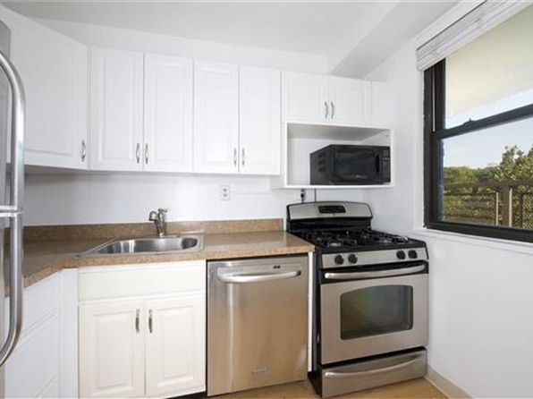 1 bed 1 bath Cooperative at 4901 Henry Hudson Pkwy W Bronx, NY, 10471 is for sale at 205k - 1 of 6