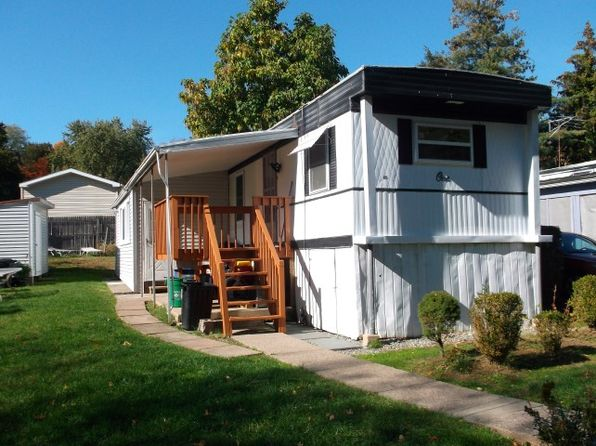 3 bed 1 bath Mobile / Manufactured at 1 Shear Ct Nanuet, NY, 10954 is for sale at 60k - 1 of 8