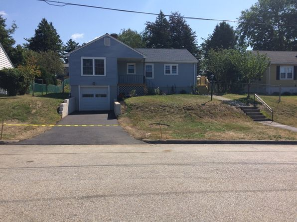 3 bed 1 bath Single Family at 14 Thornton Rd Worcester, MA, 01606 is for sale at 265k - 1 of 17