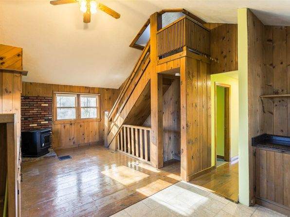 3 bed 2 bath Single Family at 9 HEMLOCK ST HILLSBORO, NH, 03244 is for sale at 150k - 1 of 37