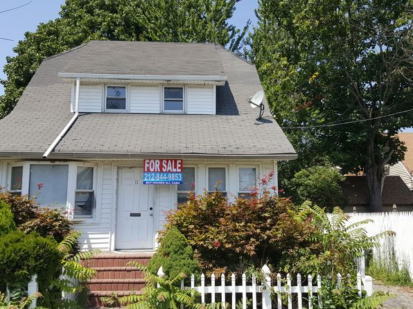 3 bed 2 bath Single Family at 11 Albemarle Ave Hempstead, NY, 11550 is for sale at 279k - 1 of 5