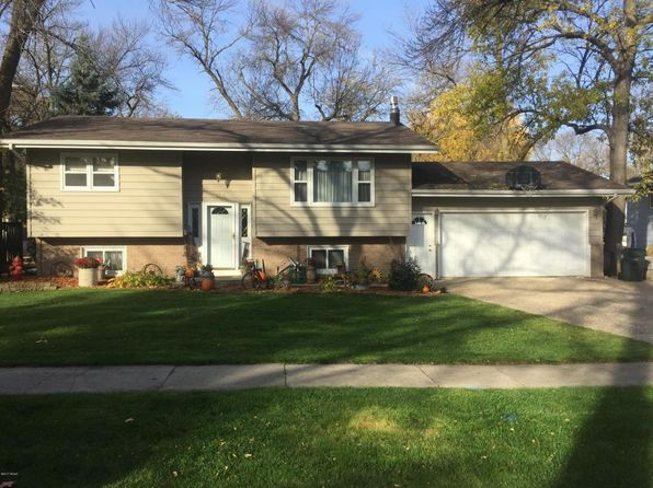 4 bed 2 bath Single Family at 213 Manila St NE Willmar, MN, 56201 is for sale at 135k - 1 of 14