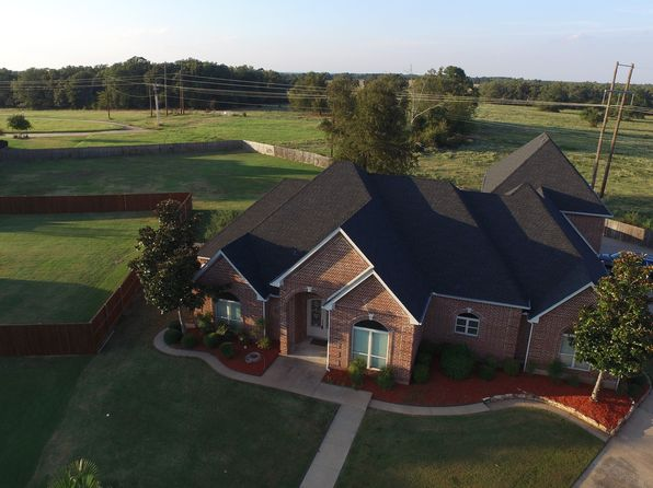 5 bed 4 bath Single Family at 3705 Abby Ln Paris, TX, 75462 is for sale at 359k - 1 of 24