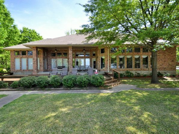 4 bed 3 bath Single Family at 355 Beachside Dr Trinidad, TX, 75163 is for sale at 430k - google static map