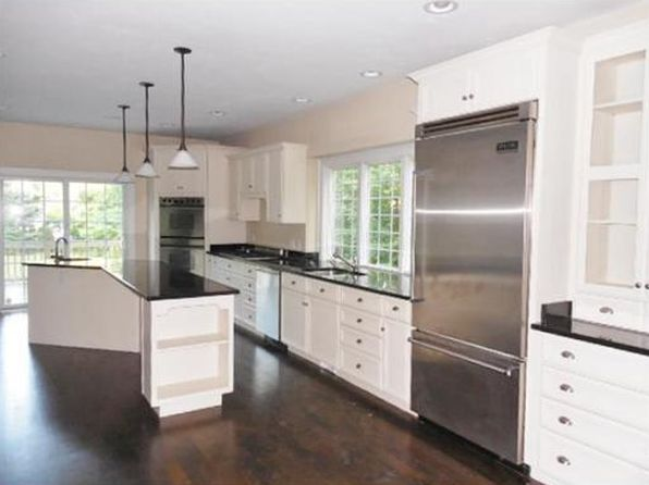 4 bed 2.5 bath Single Family at 6 Mendon Rd Sutton, MA, 01590 is for sale at 500k - 1 of 41