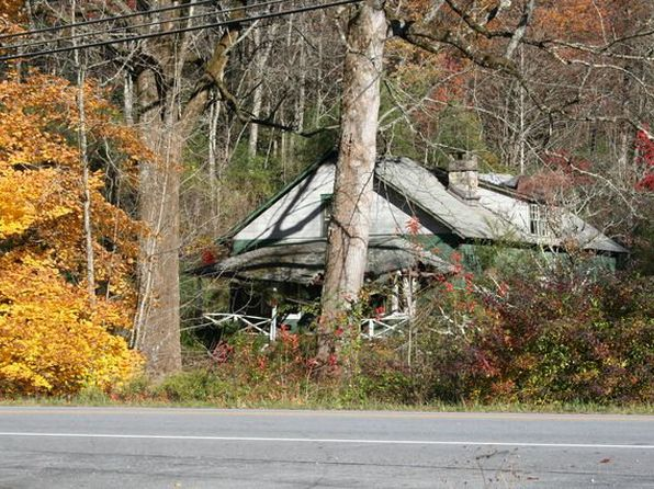 1 bed 1 bath Single Family at 16671 Rosman Hwy Lake Toxaway, NC, 28747 is for sale at 189k - 1 of 3