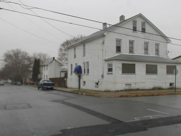 2 bed 1 bath Single Family at 160 Sigsbee Ave Aplha, NJ, 08865 is for sale at 125k - 1 of 8