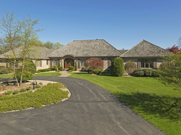 4 bed 4 bath Single Family at 460 W Paddock Cir Wayzata, MN, 55391 is for sale at 900k - 1 of 57