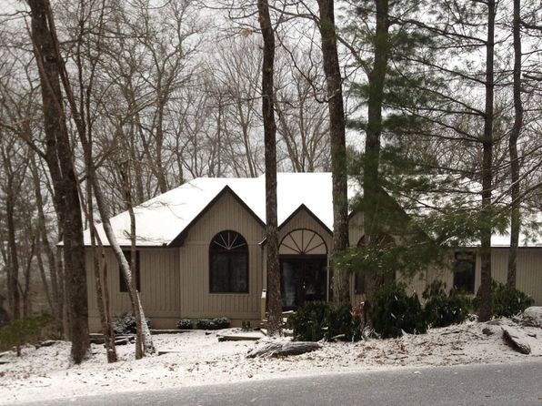3 bed 3 bath Single Family at 441 Wildwood Dr Highlands, NC, 28741 is for sale at 399k - 1 of 5