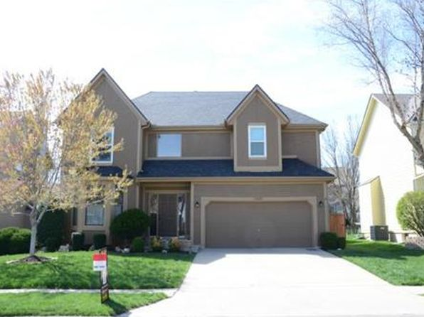 4 bed 4 bath Single Family at 12610 Slater St Overland Park, KS, 66213 is for sale at 325k - 1 of 18